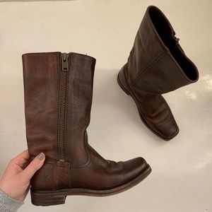 Frye Heath Outside Zip Brown Leather Boots 7